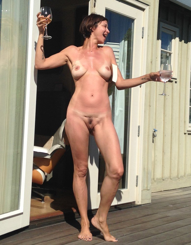 Catherine Bell nude leak